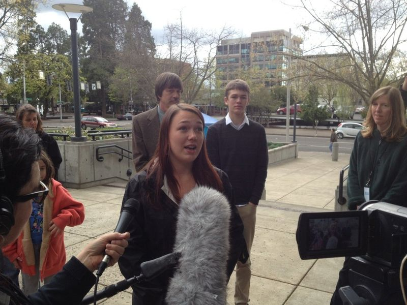 Arguments-begin-in-oregon-teens-climate-change-lawsuit-c5c71aa8e0cd926a