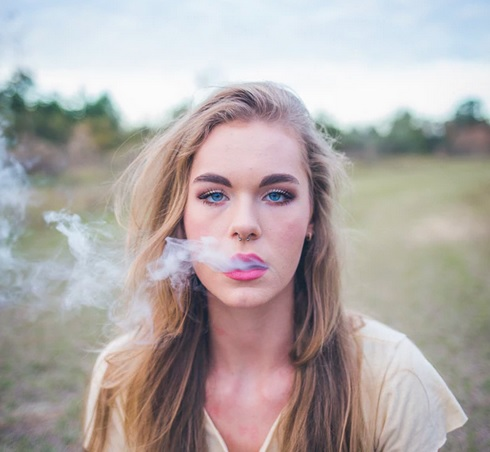 Stoned-marijuana-smoking-smoke-teen